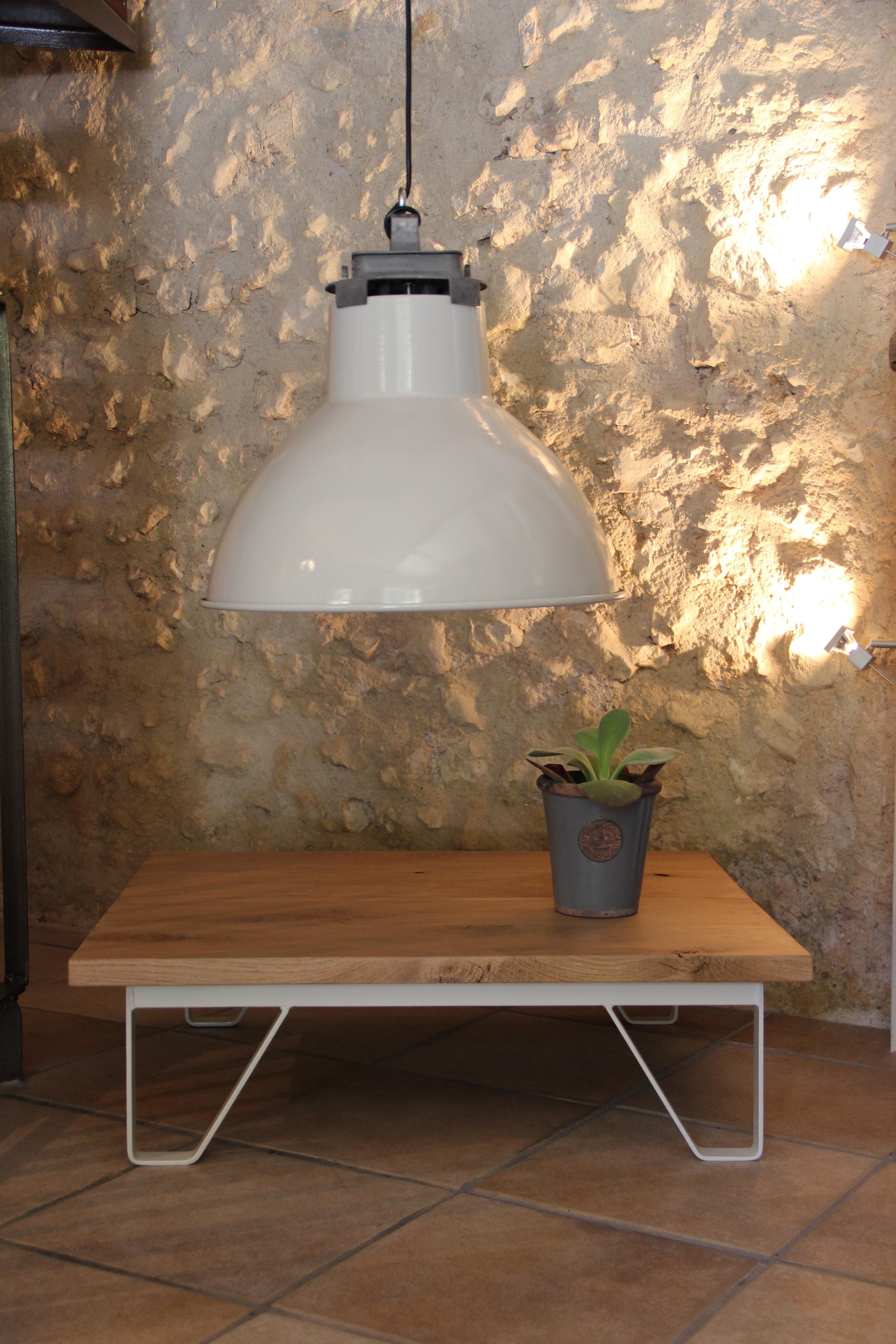 du c t de l 39 atelier suspension industrielle vintage mazda dispo aussi en noire pour un. Black Bedroom Furniture Sets. Home Design Ideas